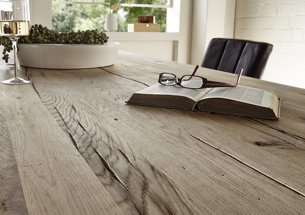tavolo da pranzo massiccio nature, in legno di rovere riciclato - Tavoli Da Cucina In Legno Massiccio