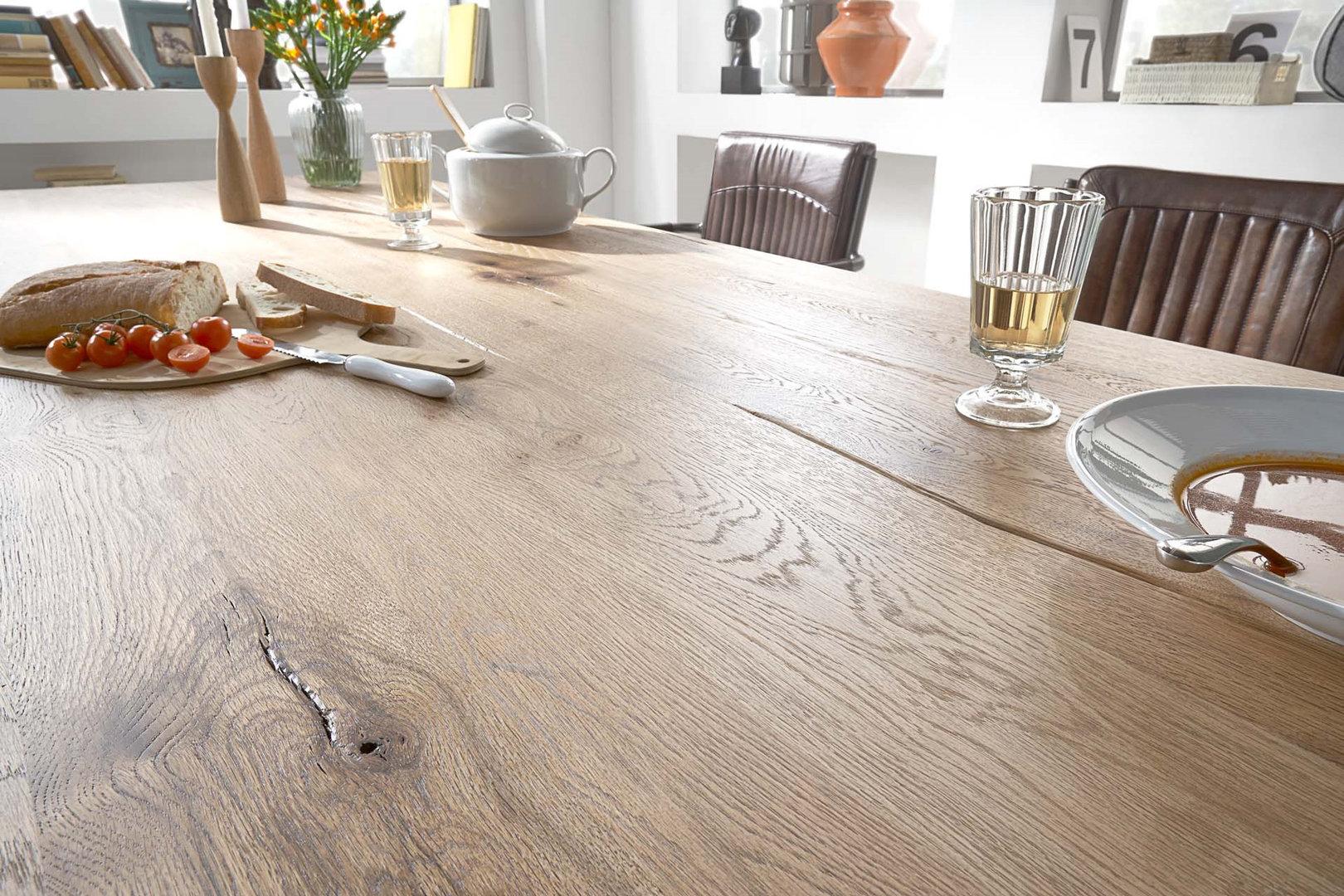 Tavolo da pranzo monviso mobile legno massiccio design for Arredamento rustico e moderno insieme