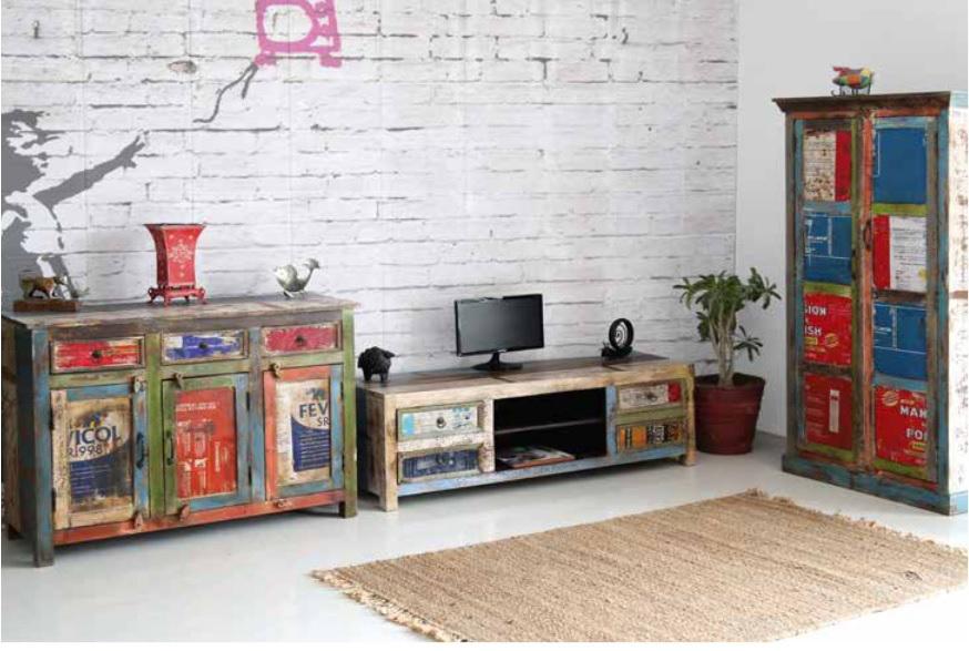 Credenza stile vintage journal armadio moderno colorato for Mobili colorati moderni