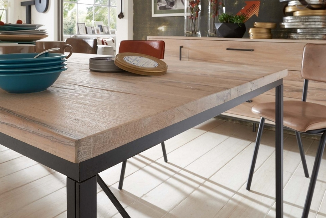 Stunning Tavoli In Legno Massello Moderni Images - bakeroffroad.us ...