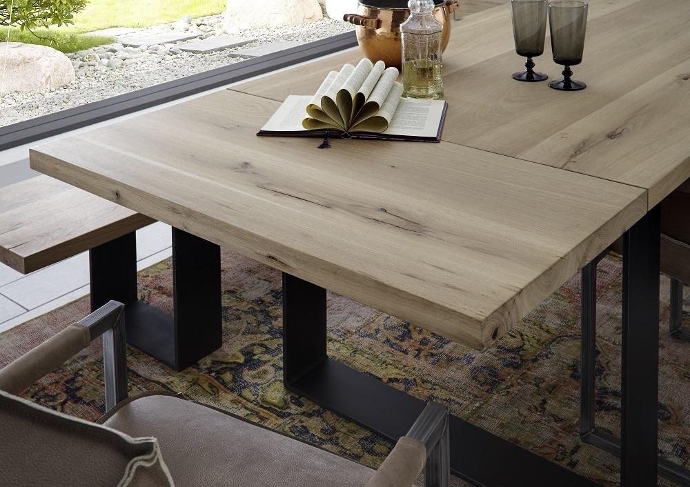 Tavolo da pranzo gold in legno massiccio mobile moderno for Mobile moderno sala