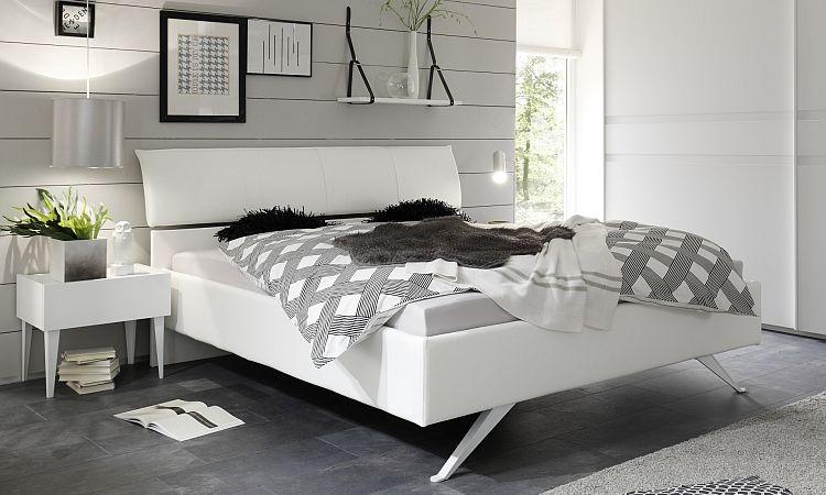 Cameretta Bianca E Beige : Camera moderna bianca seta letto armadio comò e comodini